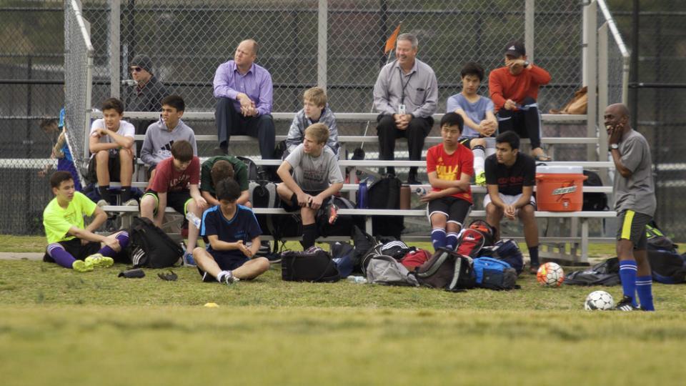 Ali morate starši biti na vsaki tekmi vašega otroka?