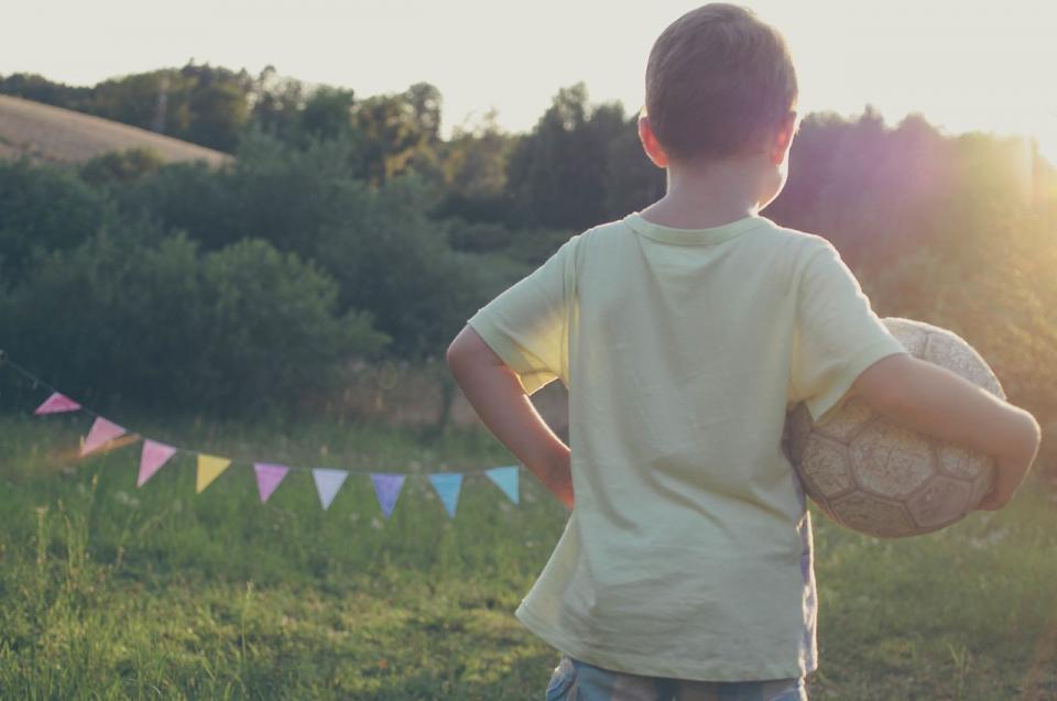 Kako pomagati otroku na nogometni poti?