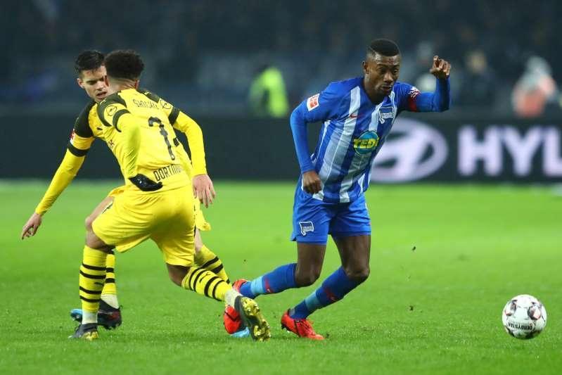 Suspendiran prvi igralec v Nemčiji zaradi nespoštovanja pravil za preprečevanje širjenja Covid 19
